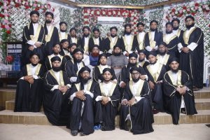Students With Mufti Furqan Madani