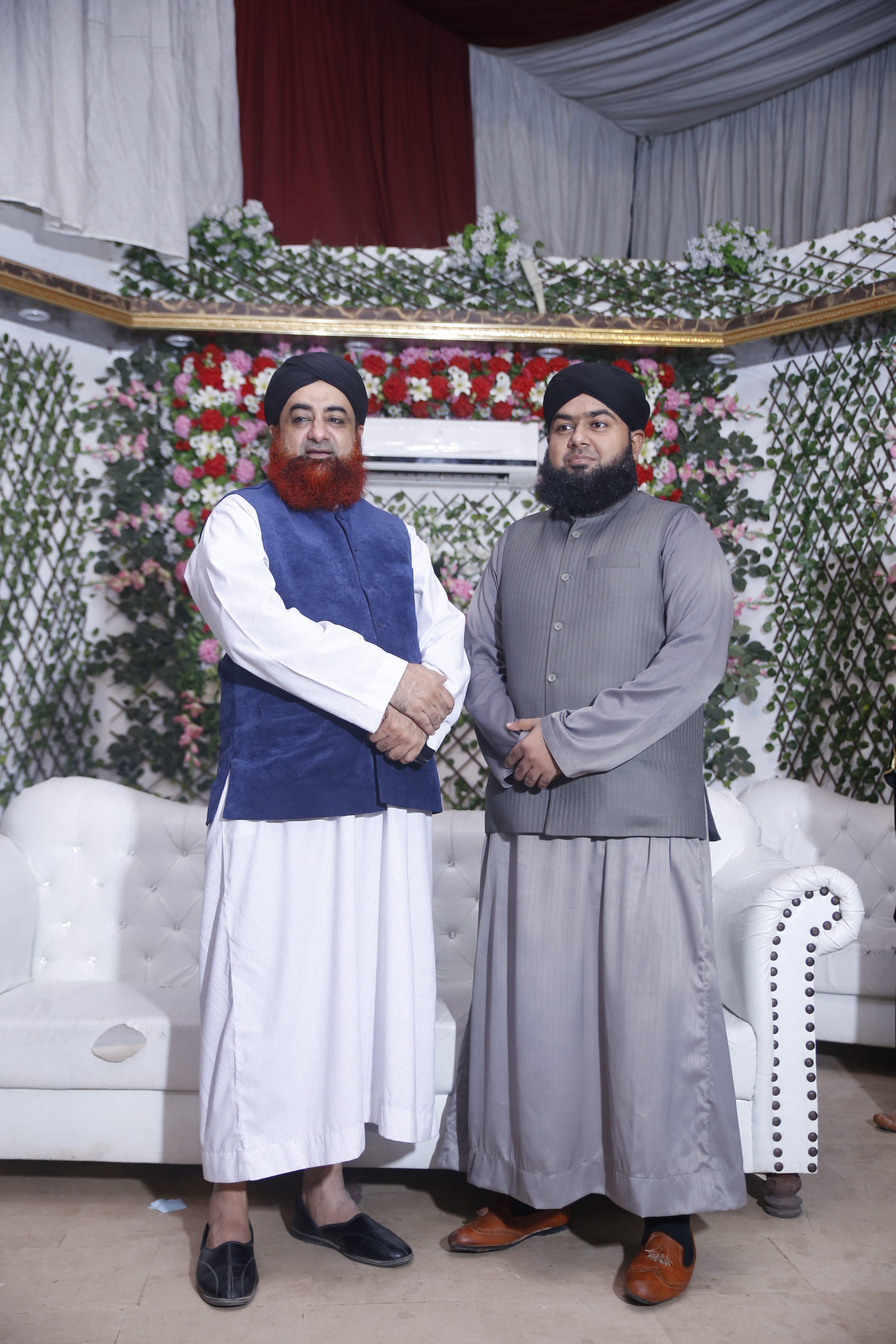 Mufti Furqan Madani with Mufti Akmal – Mufti Furqan Madani